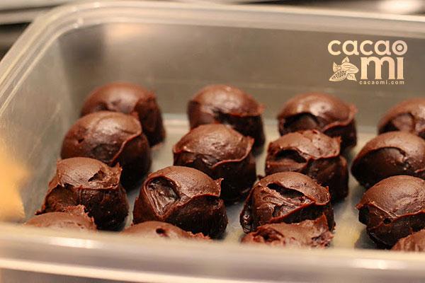 cach-lam-chocolate-truffle-kieu-bi-buoc-6